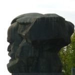 Der Chemnitzer Karl-Marx-Kopf im Profil