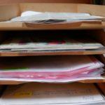 Ordnung im Büro - aufgeräumter Ablagekasten
