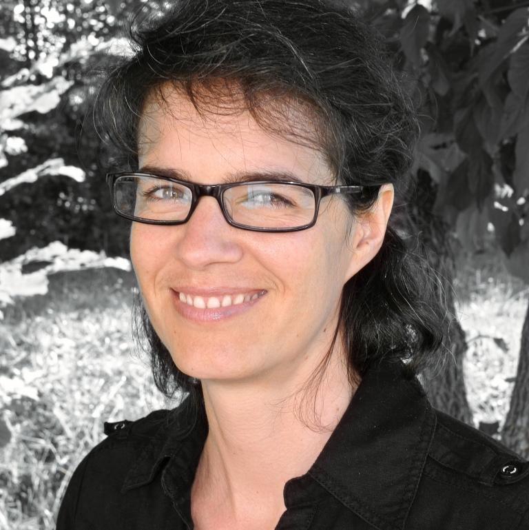 Sabine Simon www.organisation-mit-sabine.de